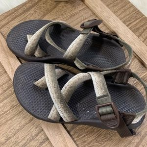 Chaco's sandals women's size 6